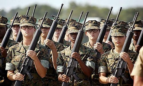 Female_soldiers