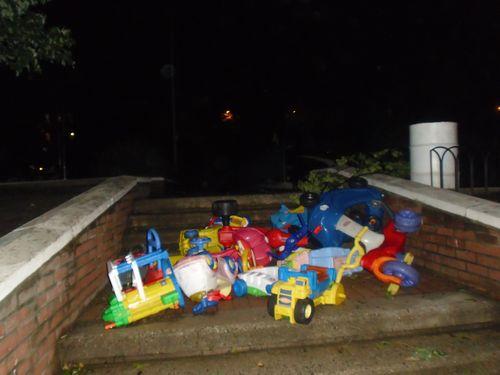 Playground_toys